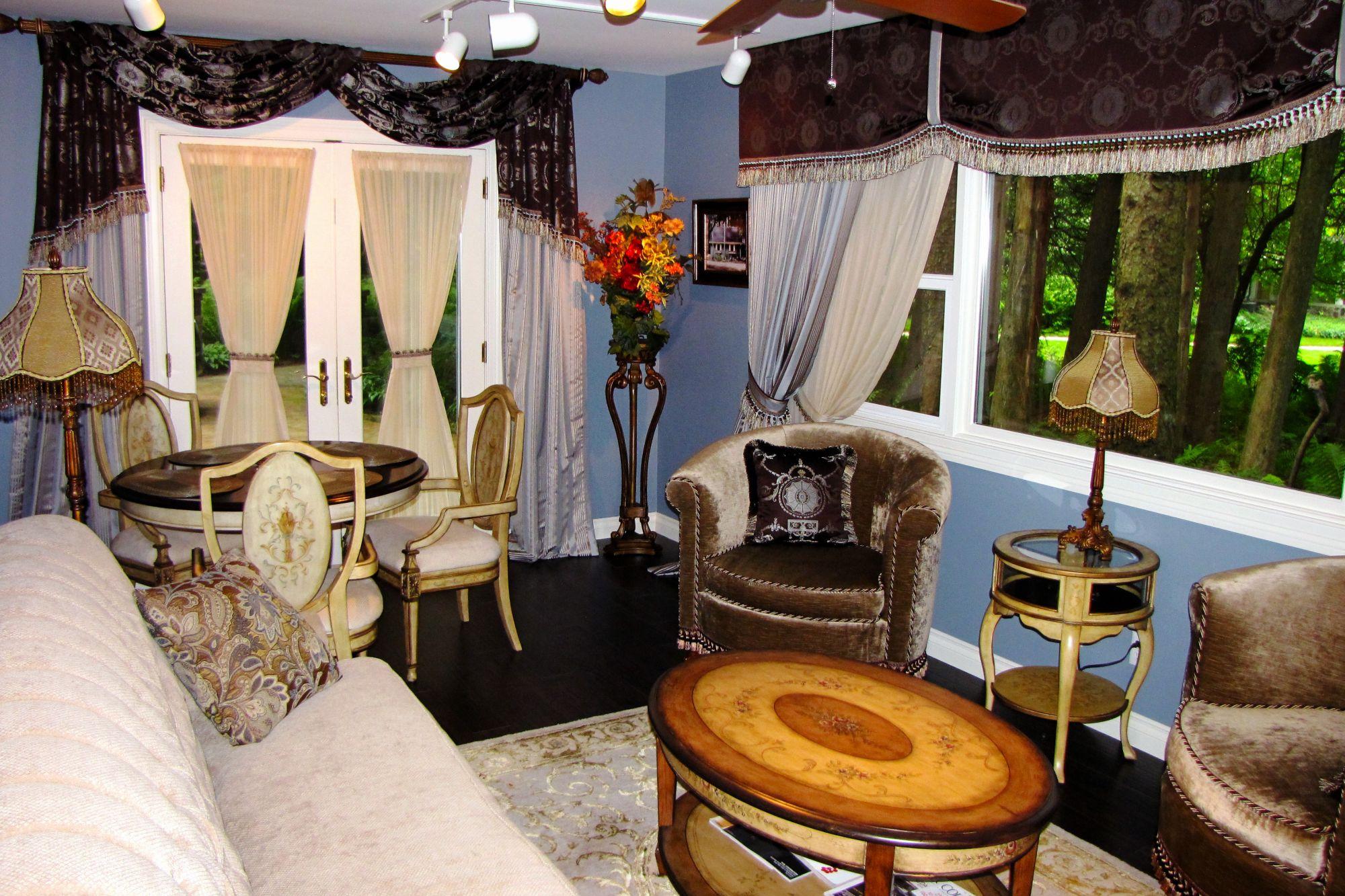 Cottage Living Room North
